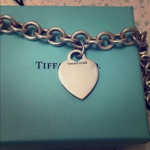 Tiffany's SS Toggle Heart Choker